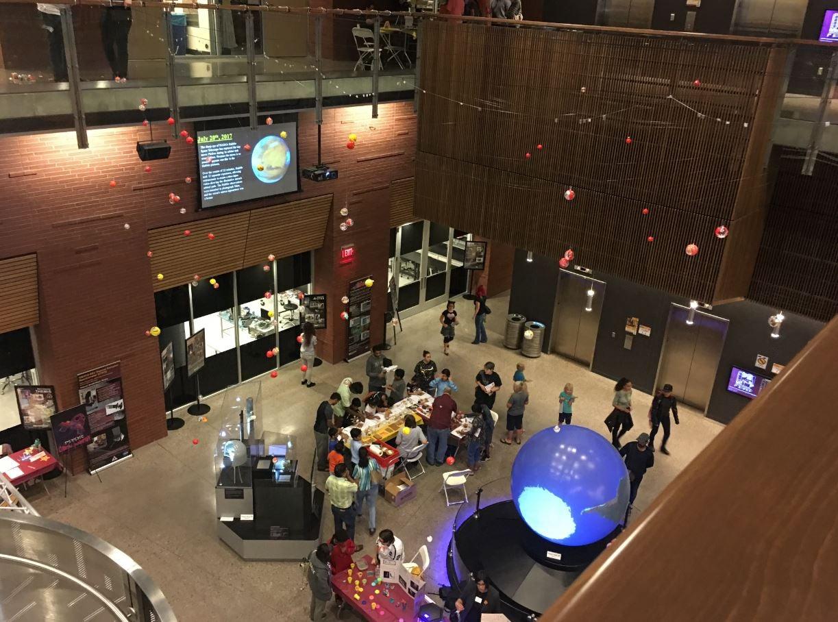 Star exhibit in ISTB4